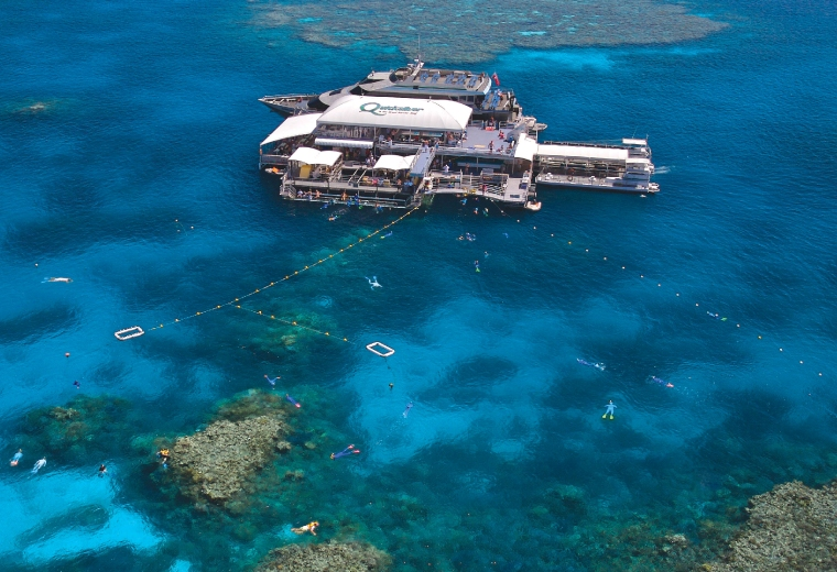Quicksilver Cruises: Outer Barrier Reef Cruise